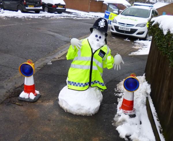 Snowman has Met helmet!