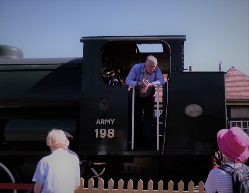 .....to be a (steam) train driver when I grow up!!