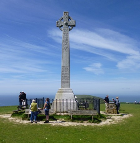 ......Tennyson Monument......