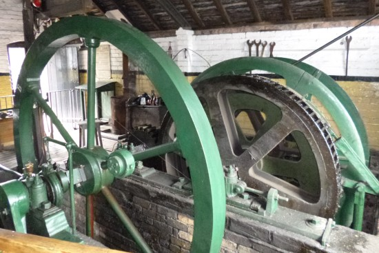 Machinery for winding wheel