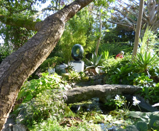 Garden (with another sculpture)